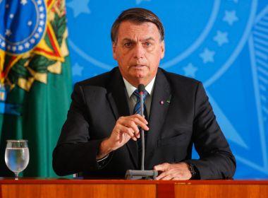 Bolsonaro diz que Exército pode 'ir às ruas' contra restrições de prefeitos e governadores
