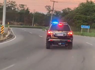 Polícia Federal faz operação em Dias D'Ávila contra fraudes de R$ 10 milhões