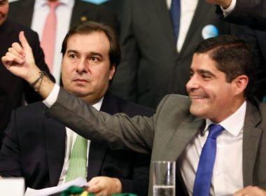 Bancada do DEM na Câmara pede expulsão de Rodrigo Maia após ofensas a ACM Neto