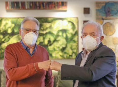 Adversários históricos, FHC e Lula almoçam juntos após anúncios de voto contra Bolsonaro