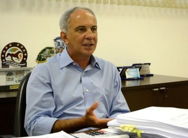 Secretário de Educação diz que sindicato 'desconsidera interesse dos alunos'
