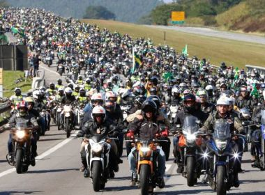 Apoiadores de Bolsonaro mobilizam moto-carreata para 2 de julho em Salvador