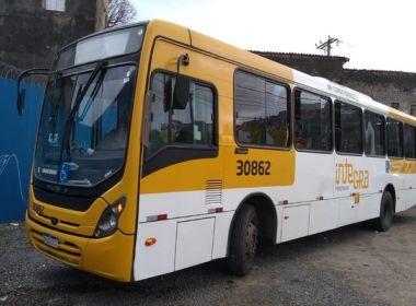 Cerca de 30 passageiros são assaltados em ônibus por homem armado na Bonocô