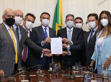 Apesar de verem importância no Auxílio Brasil, deputados baianos têm dúvidas sobre projeto