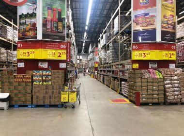 Inflação alta faz brasileiro que vive com salário mínimo perder R$ 62 em poder de compra