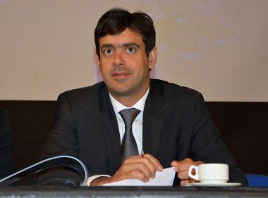 Tiago Correia apresenta projeto que reduz alíquota do ICMS sobre os combustíveis