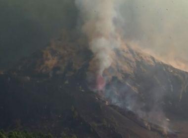 Erupção de vulcão avança nas Canárias e 3 cidades são evacuadas