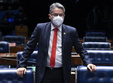 Alessandro Vieira defende 3ª via ao afirmar que polarização 'paralisa e prejudica' o Brasil