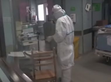 OMS faz correção e eleva a avaliação de risco internacional do coronavírus para 'elevado'