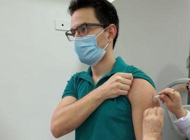 Médico baiano já pode estar imunizado pela vacina contra a Covid-19; entenda como