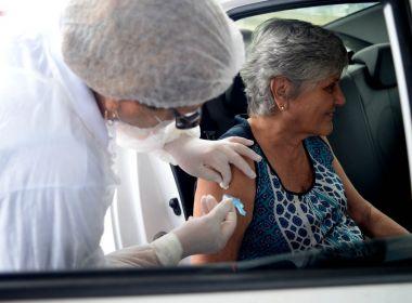 Salvador segue vacinação nesta segunda e encerra atendimento às 12h; veja público-alvo